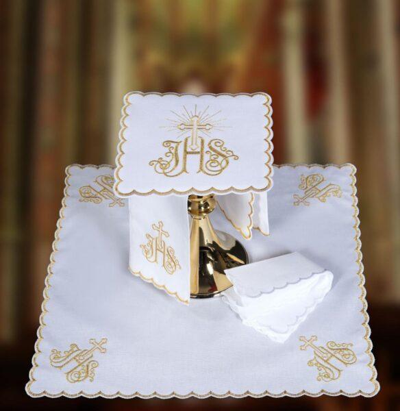 Bielizna kielichowa haft złoty IHS, złoty krzyżyk