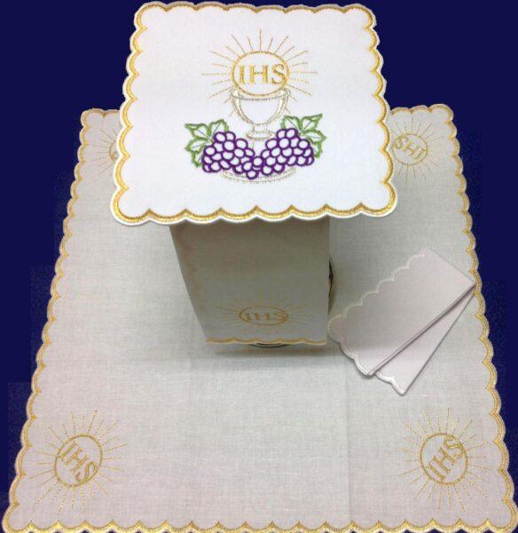 Bielizna kielichowa haft IHS kielich winogron